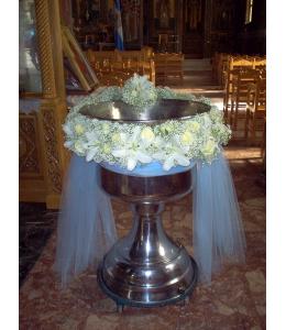Γυρλάντα με λευκά τριαντάφυλλα