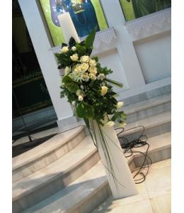 Στολισμός Λαμπάδας Γάμου Πυραμίδα με Τριαντάφυλλα