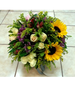 Composition with sunflowers and roses in pot