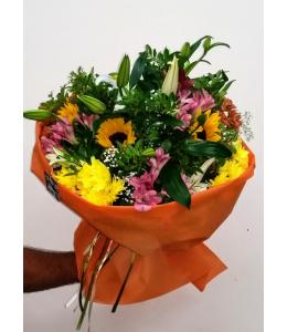 Μπουκέτο λουλούδια με ηλιους