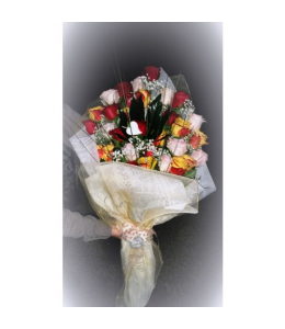Ανθοδέσμη με Εκουαδόρ τριαντάφυλλα