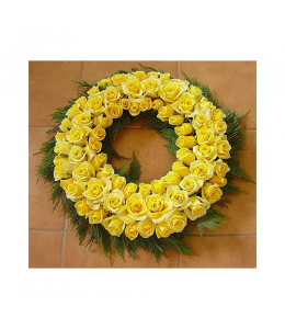 Στεφάνι κηδείας με τριαντάφυλλα