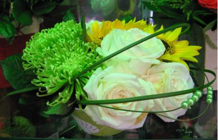Σύνθεση Λουλουδιών με Ηλιους