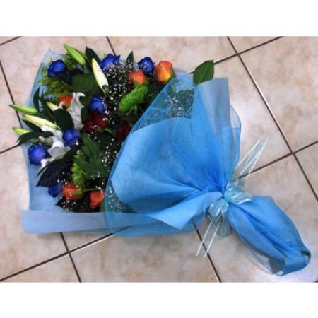Ανθοδέσμη με διάφορα λουλούδια