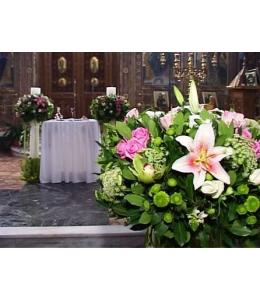 Στολισμός Γάμου Εκκλησίας με Τριαντάφυλλα και Ορχιδέα