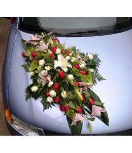 Στολισμός Αυτοκινήτου Γάμου με Κόκκινα Τριαντάφυλλα