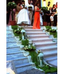 Στολισμός Γάμου Εξωτερικού Διαδρόμου Εκκλησίας με Τριαντάφυλλα και Οριεντάλ