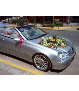 Στολισμός Αυτοκινήτου Γάμου σε Φούξια Χρωματισμούς
