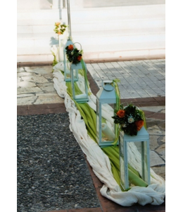 Wedding Decoration of the Church's Exterior Aisle with Lanterns and Bouquets