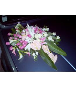 Στολισμός Αυτοκινήτου Γάμου με Λευκά και Άκουα Τριαντάφυλλα