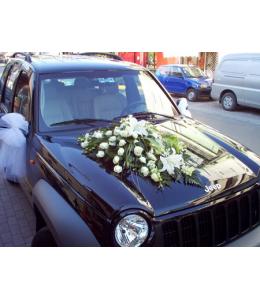 Στολισμός Αυτοκινήτου Γάμου με Λευκά Τριαντάφυλλα