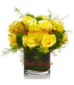 Κίτρινα Τριαντάφυλλα σε γυάλα