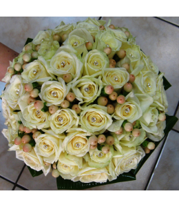Bridal Bouquet with Hypericum White and Roses