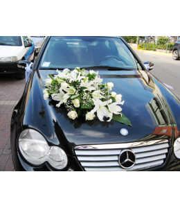 Car Decoration with white roses